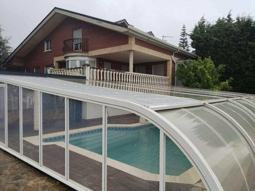 Villa Ostrera Cantabria piscina cubierta