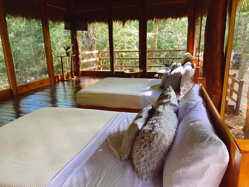 cabaña con cenote privado
